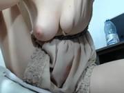 Tres belle femme accros au sexe
