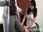 Gros sexe sucer la bite de pied