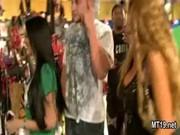 Video porno de pieds de filles minces