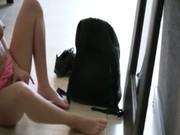 Nikkie et aubrey jeune mignonsaphiqueduodans les jupes smoochinget de manger à lextérieur fuckbox