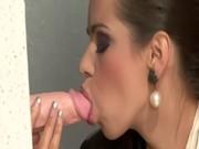 Voire porno homme couche sur famme par derier