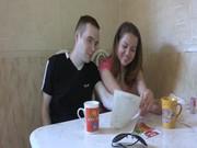 Séduisante adolescent russe se remplit en frères chambre