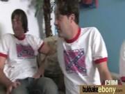 Pied video sexe femme baisée